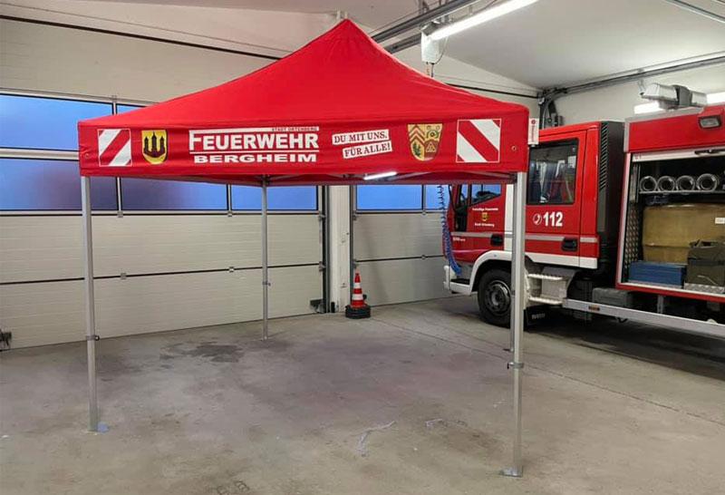 Neues Zelt bei der Feuerwehr Bergheim