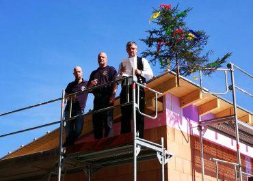 Neubau feiert Richtfest